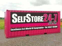 Self storage: SelfStore 24-7 of Lincoln, Saxilby, Lincolnshire, LN1