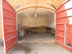 Neighbourhood storage: Coach House & garages, Breedon on the Hill, Leicestershire, DE73