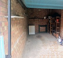 Neighbourhood storage: Garage to rent out, London Borough of Redbridge, London, E11