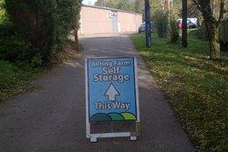 Self storage/storage units: Storage Units, Bilting, Kent, tn25
