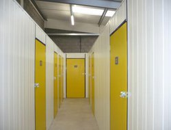 Commercial storage: Evans Easyspace Business Self Storage, Lincoln, South Hykeham, Lincolnshire, LN6