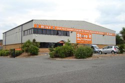 Self storage: Low cost self storage, Ryde, Ryde, Isle of Wight, PO33