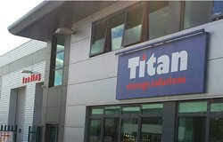 Self storage: Titan storage services in Braintree, Great Notley, Essex, CM77