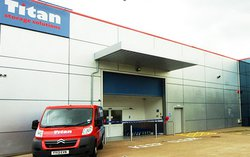 Self storage: Titan storage services in Leamington Spa, Warwick, Warwickshire, CV34