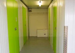 Commercial storage: Wright Business Storage in Mansfield, Mansfield, Nottinghamshire, NG18